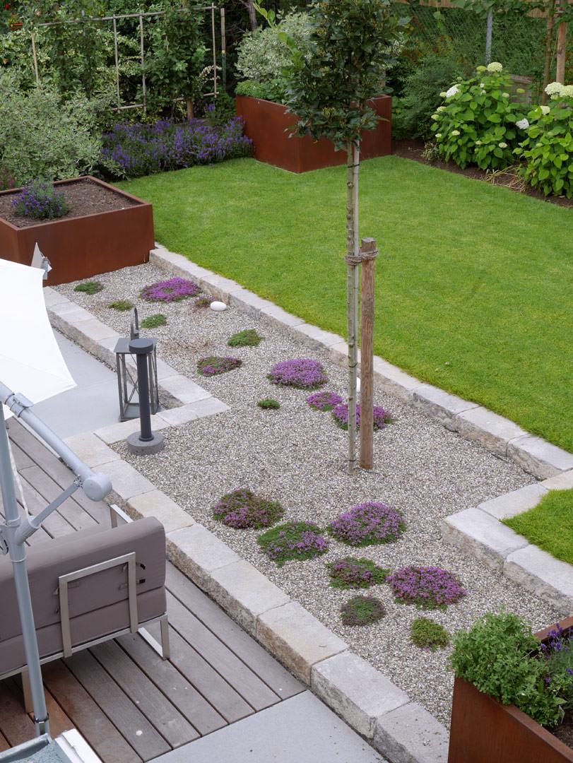 planung gartengestaltung pearse danker. Black Bedroom Furniture Sets. Home Design Ideas